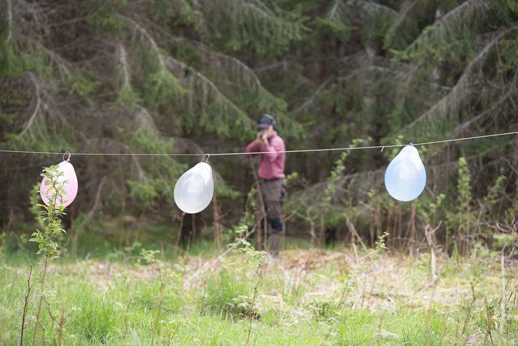 Skytt som övar på ballonger.