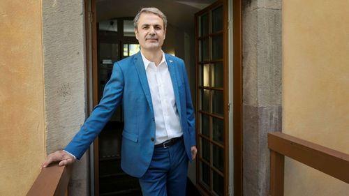 Baylan oroas inte av dubbla ministerportföljer