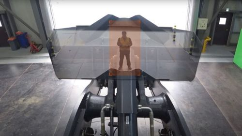 Transparent skopa ska öka säkerheten i lastaren