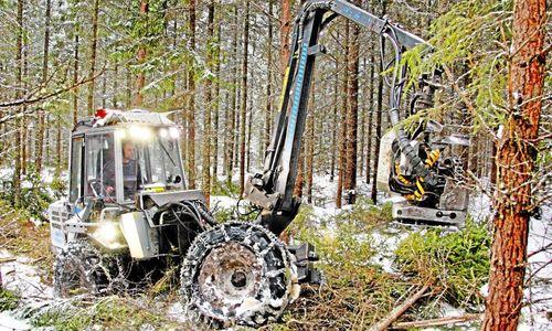 Italienare köper svenskt skogsmaskinskluster